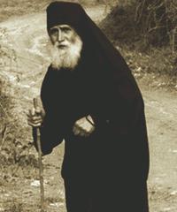 Старшие Паисий борьбы в защиту христианской веры