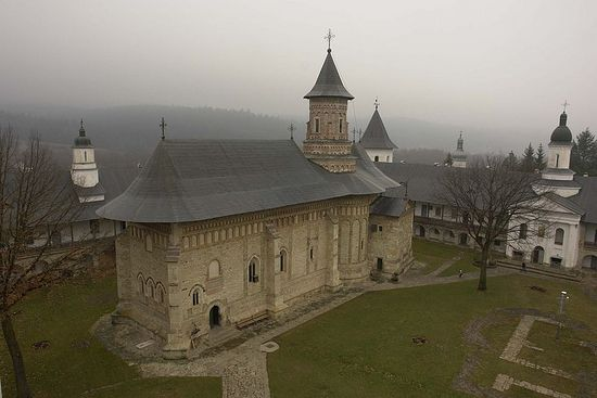 Нямецкий монастырь