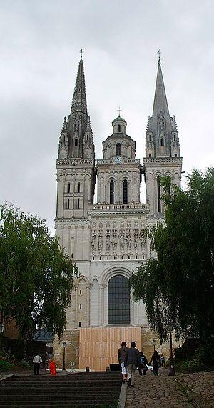 Анже. Кафедральный собор
