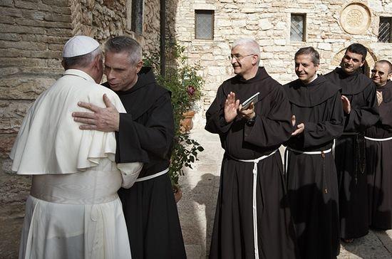 Члены католического монашеского ордена