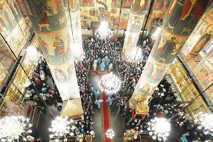 Торжественное богослужение на праздник Введения во храм Пресвятой Богородицы