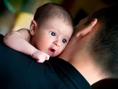 «Ребенка несет Отец»