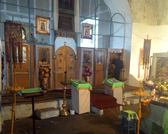 Фото 2013 г.: в Свято-Троицком храме идет реставрация