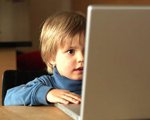Детям смотреть порнографию