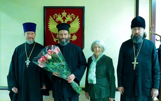Archbishop Jovan arrives in Russia after being freed from prison.