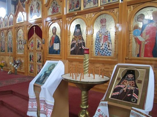 Iconostasis, Church of St. John of Shanghai, Colchester.