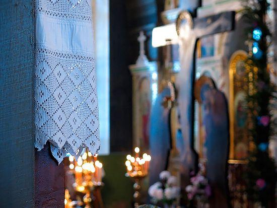 На молебне в Покровском храме. Фото: Алексей Колосов