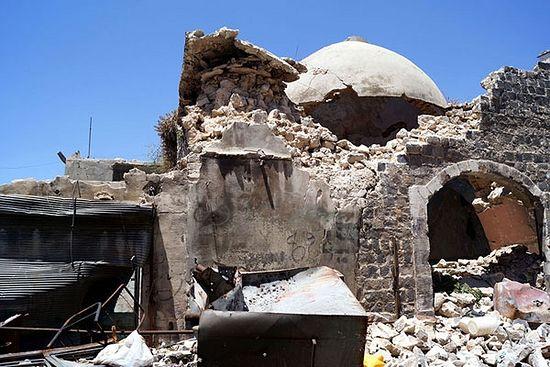 Хомс. Древна муслиманска купатила – хамами – који су претрпели оштећења приликом војних покушаја да ликвидирају погон за производњу експлозивних направа, постављен од стране побуњеника у овом историјском и архитектонском споменику