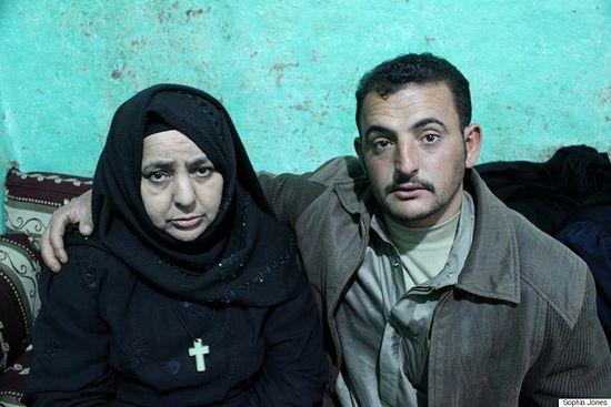 Мать и брат Йусуфа Шукри