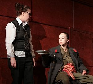 Сцена из спектакля «Лир. Комедия» по мотивам трагедии Шекспира. Режиссер-постановщик: К.Богомолов