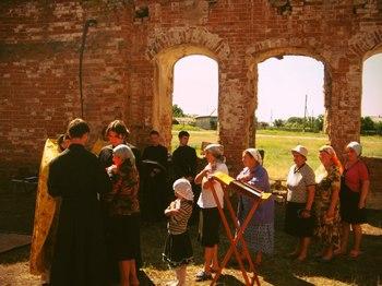 Первая за последние 82 года Божественная литургия в храме села Невежкино
