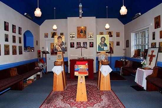 Внутри православного храма (бывшая методистская часовня) в Брейтуэйт, рядом с Кезиком, Камбрия