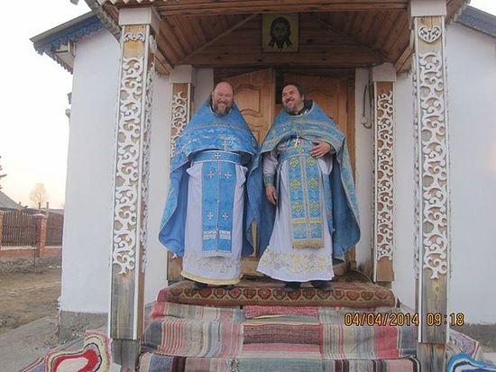 Священники Игорь Зырянов и Вячеслав Пушкарев