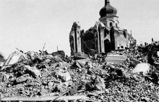 Руины Успенского собора
