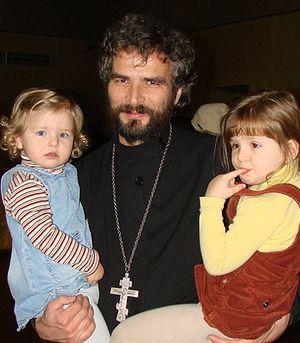 О. Фома с детьми