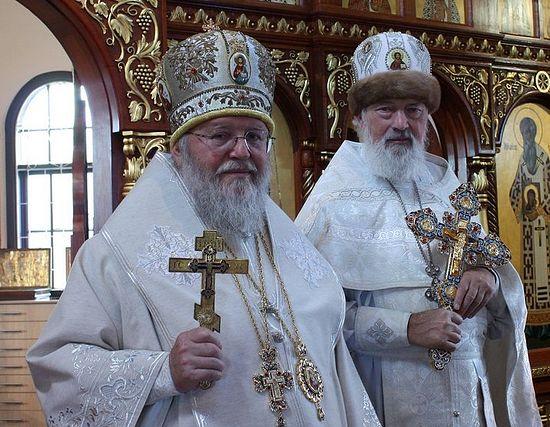 Предстоятель Русской Зарубежной Церкви Митрополит Иларион (Капрал) и протоиерей Михаил Протопопов