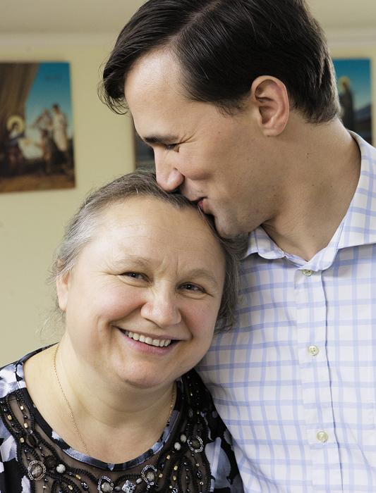 Матушка со старшим сыном Николаем