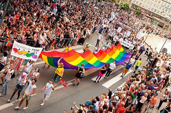 Стокгольмский Прайд (гей-парад). Фото: http://www.stockholmpride.org/en/Join-Pride/Become-a-Proud-Sponsor/