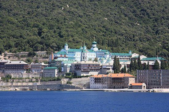 Русский Пантелеимонов монастырь на горе Афон