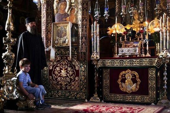 Икона Всецарица и Пояс Пресвятой Богородицы в Ватопедском монастыре на Афоне