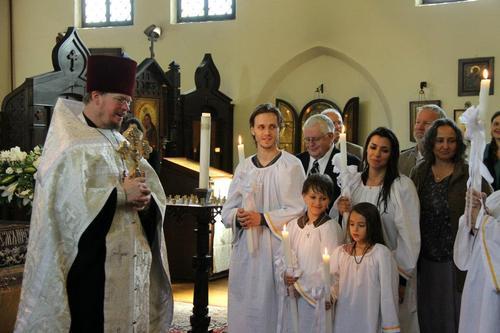Крещение Джонатана и всей его семьи