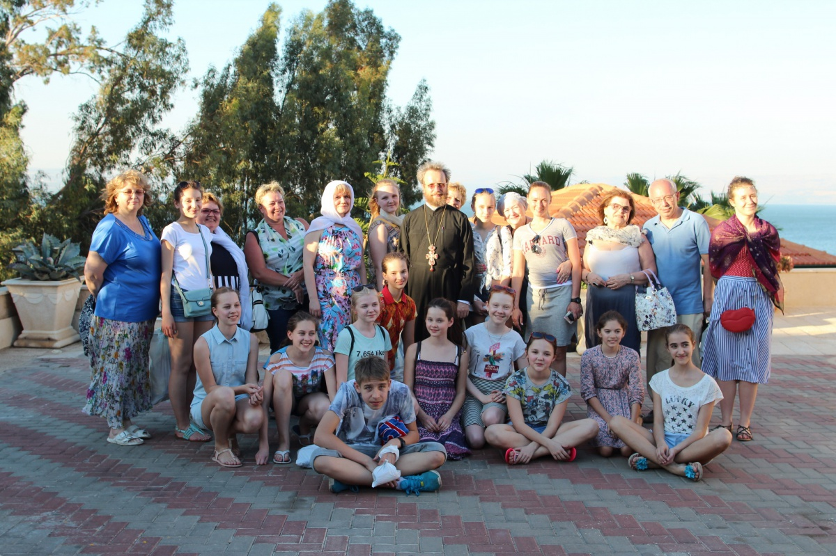 School students from Russia plant fruit trees in memory of the Great Victory at the Russian ...