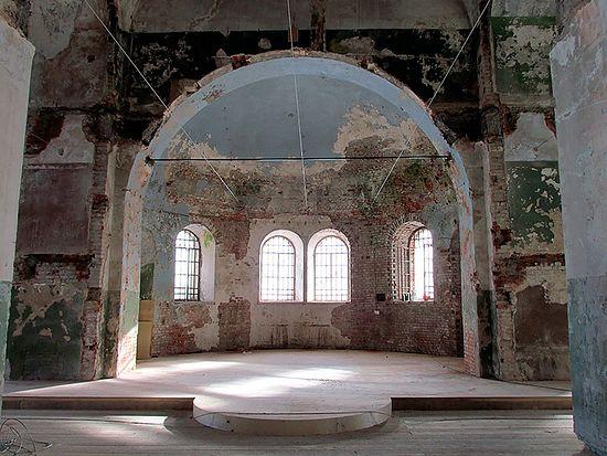 Успенская церковь внутри