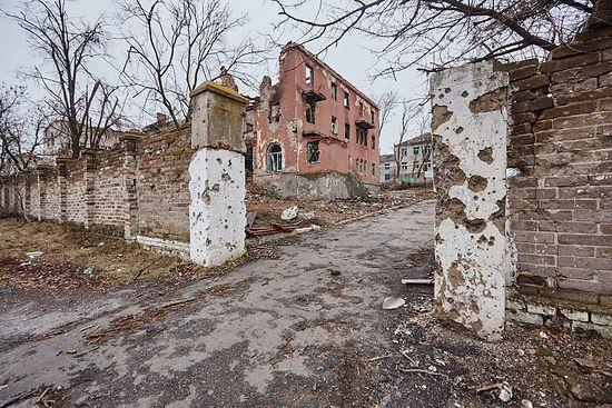 Разрушенная при обстреле больница в Славянске. UNICEF Ukraine/Pavel Zmey