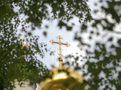 Всенощное бдение в Сретенском монастыре накануне Дня Святой Троицы