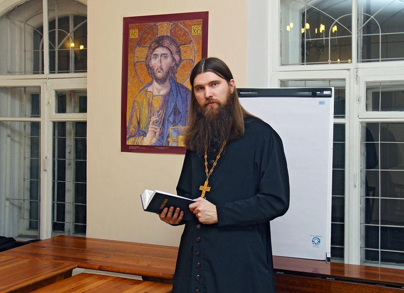 http://www.pravoslavie.ru/sas/image/102053/205398.b.jpg?0.9104666248895228