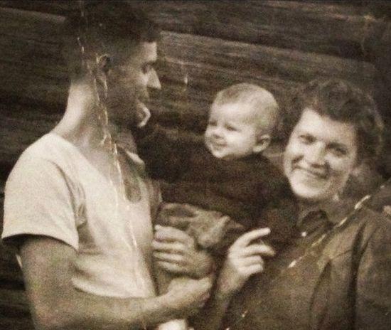 Сергей Атаманов с женой и сыном