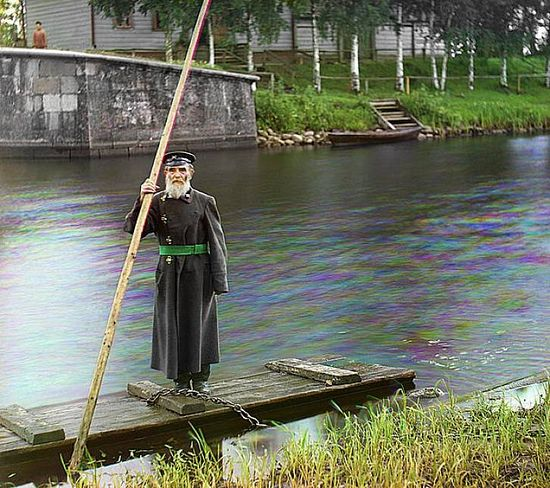 84-year-old Pinkhus Karlinsky was the supervisor of the Chernigov floodgate over the course of 66 years - 1909