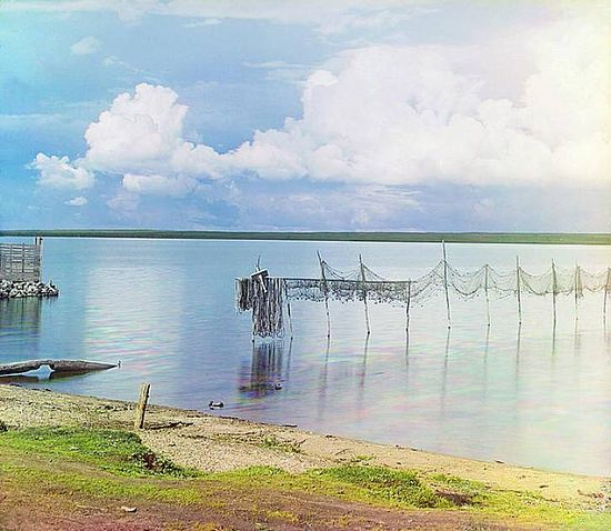 Drying nets on Lake Seliger - 1910
