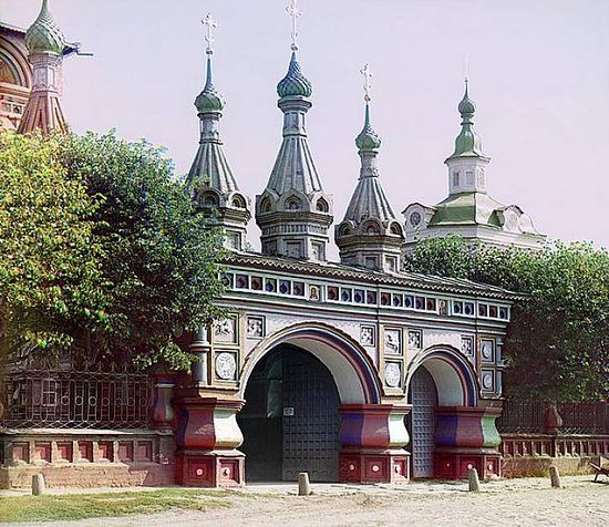 Entrance to the Church of the Resurrection in Kostroma - 1910