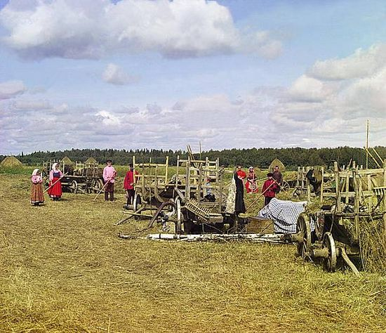Farmers taking a rest from haying - 1909