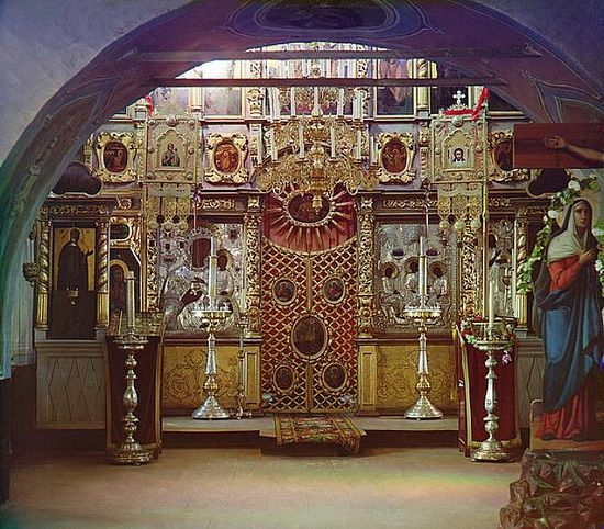 Iconostasis at a church in Borodino - 1911