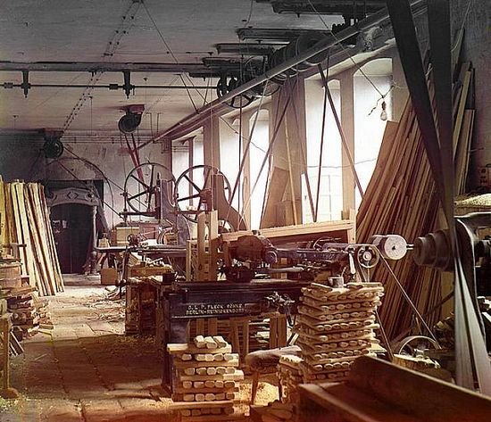 Production shop for scabbards at the Zlatoust arms plant - 1910