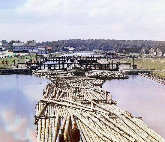 Rafts on Peter the Great Canal in Shlisselburg - 1909