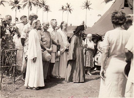 На острове Тубабао на Филиппинах, где был организован лагерь русских беженцев из Китая после прихода там к власти коммунистов