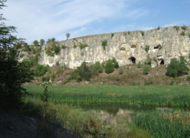 The rock monastery near Balik in Northeast Bulgaria is located in the picturesque canyon of the Dry River.