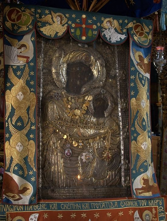 Икона Божией Матери Вратарница (Портаитисса, Иверская)