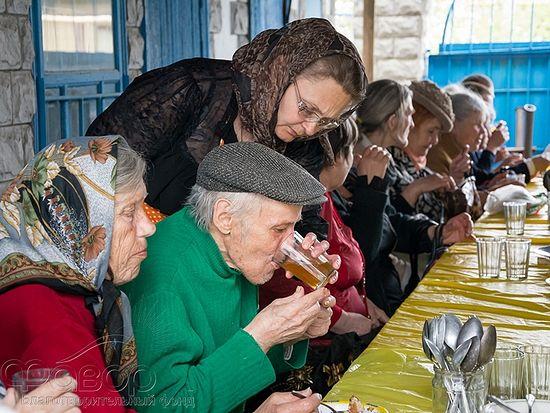 Благотворительная столовая при Свято-Введенском храме г. Макеевка. Фото: bf-favor.org