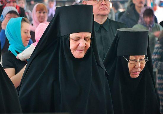 Насельницы Покровского женского монастыря