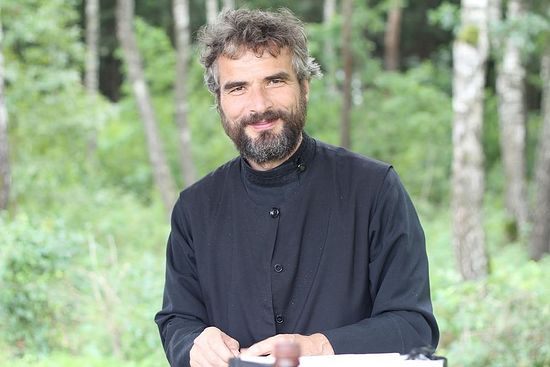 Priest Thomas Dietz