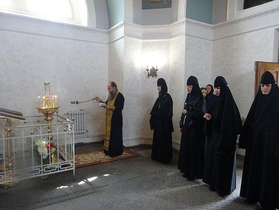 Панихида у могилы игумении Марии (Тучковой)