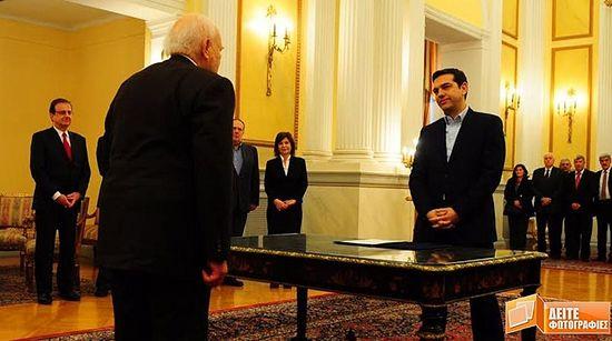 А.Ципрас је први грчки премијер-министар који је одбио да положи заклетву на Библији
