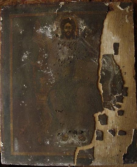 Господь Вседержитель. Икона до реставрации