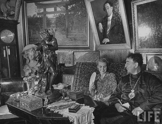 Лжемитрополит Александр Введенский со второй женой