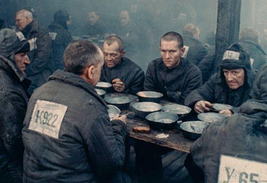 Кадр из фильма «Один день Ивана Денисовича»
