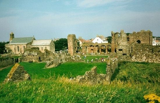 A view of the ruined priory church, Lindisfarne.